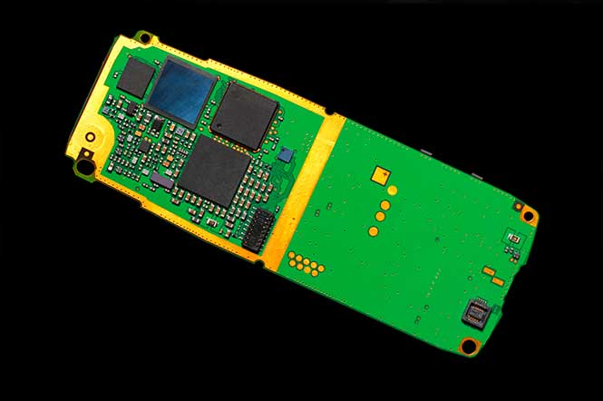 How-Cell-Phone-Manufacturers-Can-Improve-Production-Levels